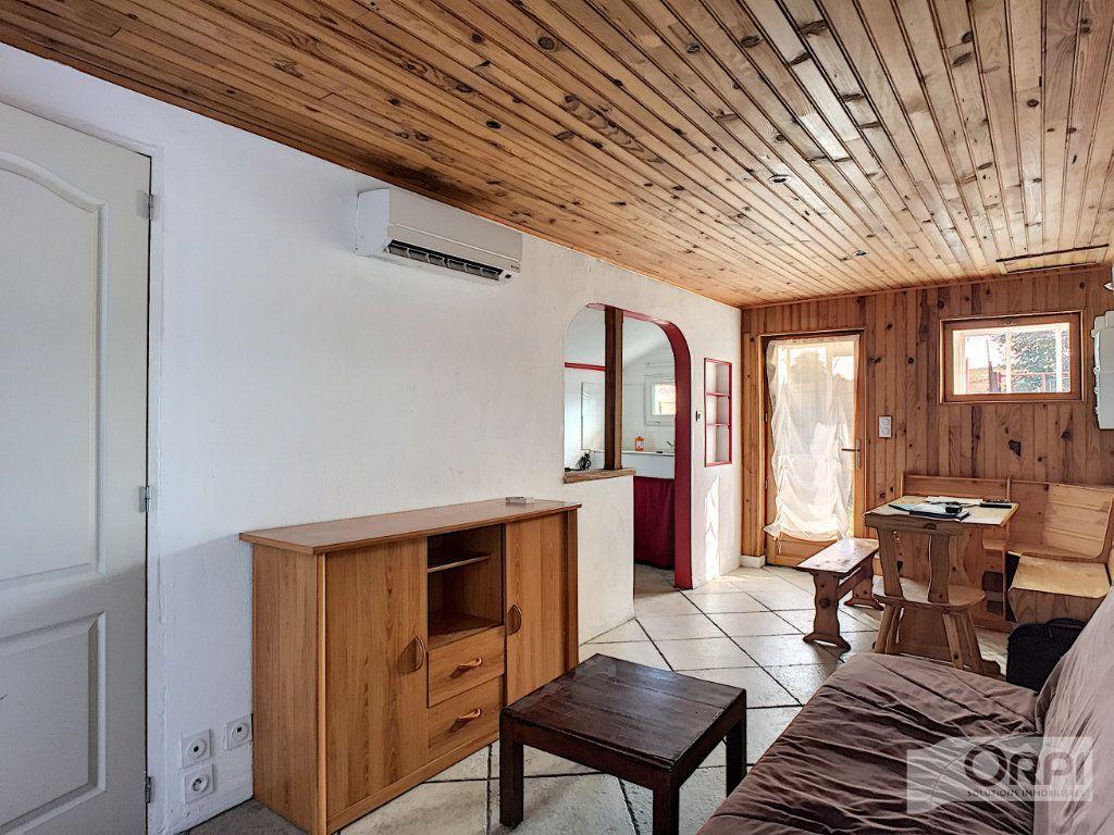 Maison à vendre 9 135m2 à Saint-Éloy-les-Mines vignette-5