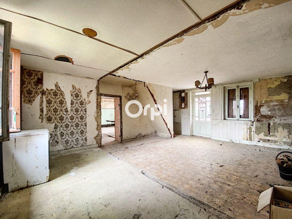 Maison à vendre 9 135m2 à Saint-Éloy-les-Mines vignette-10