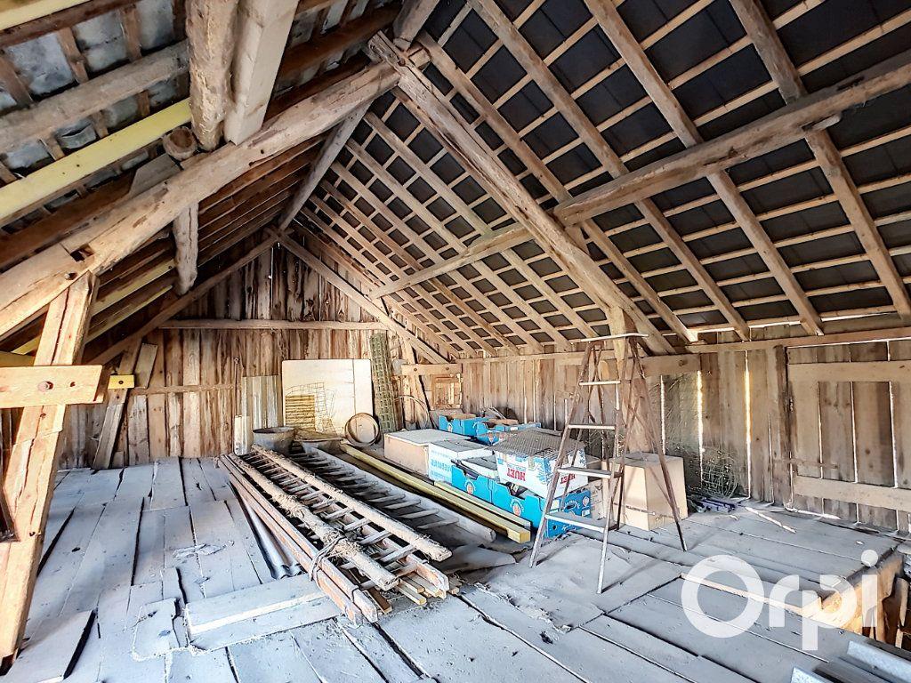 Maison à vendre 4 140.5m2 à Pionsat vignette-17