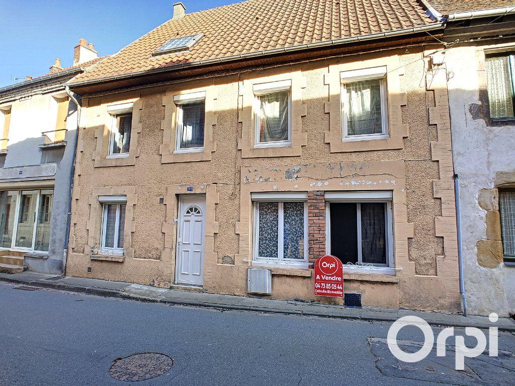 Maison à vendre 5 105m2 à Montaigut vignette-1