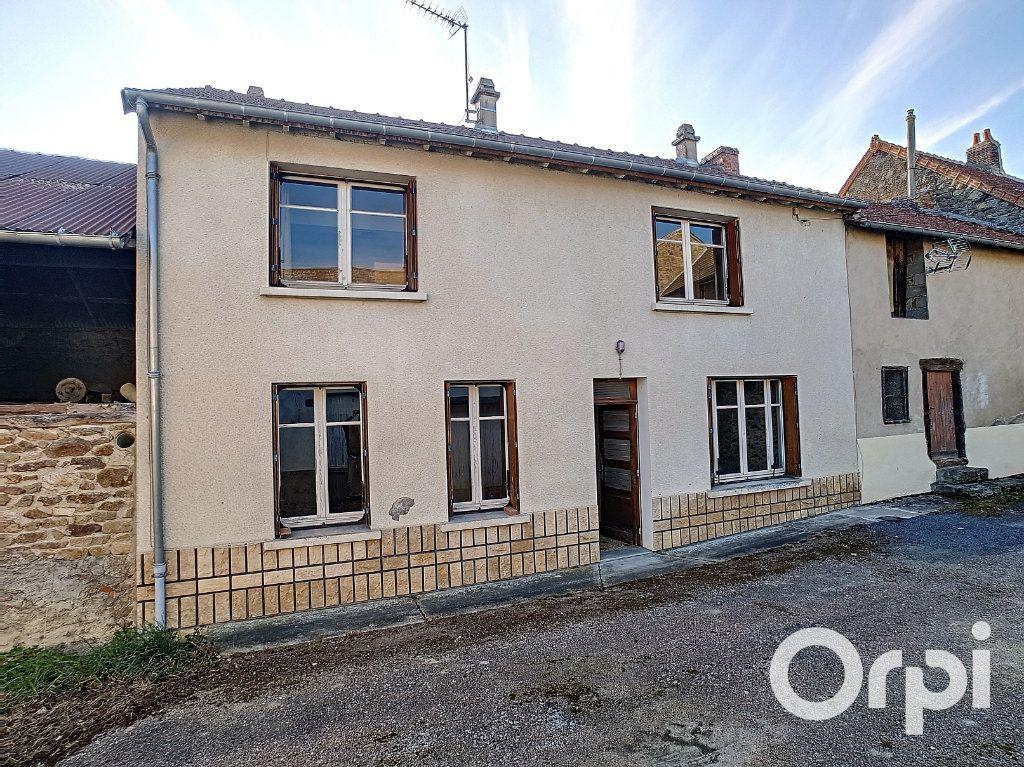 Maison à vendre 5 103.09m2 à Pionsat vignette-1