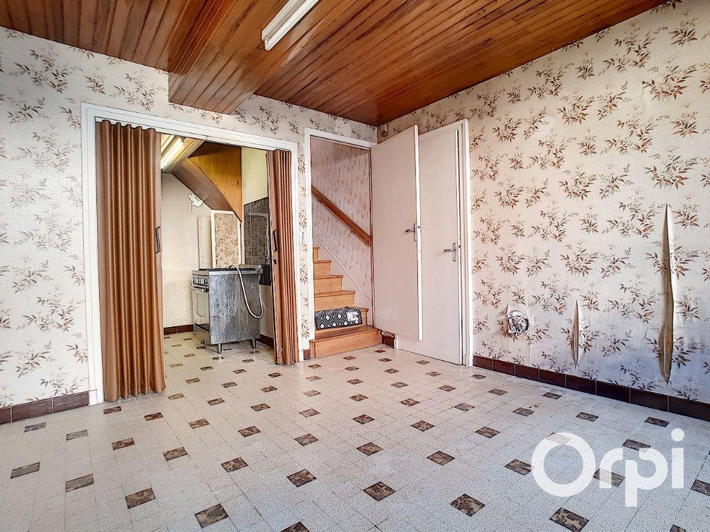 Maison à vendre 5 103.09m2 à Pionsat vignette-7