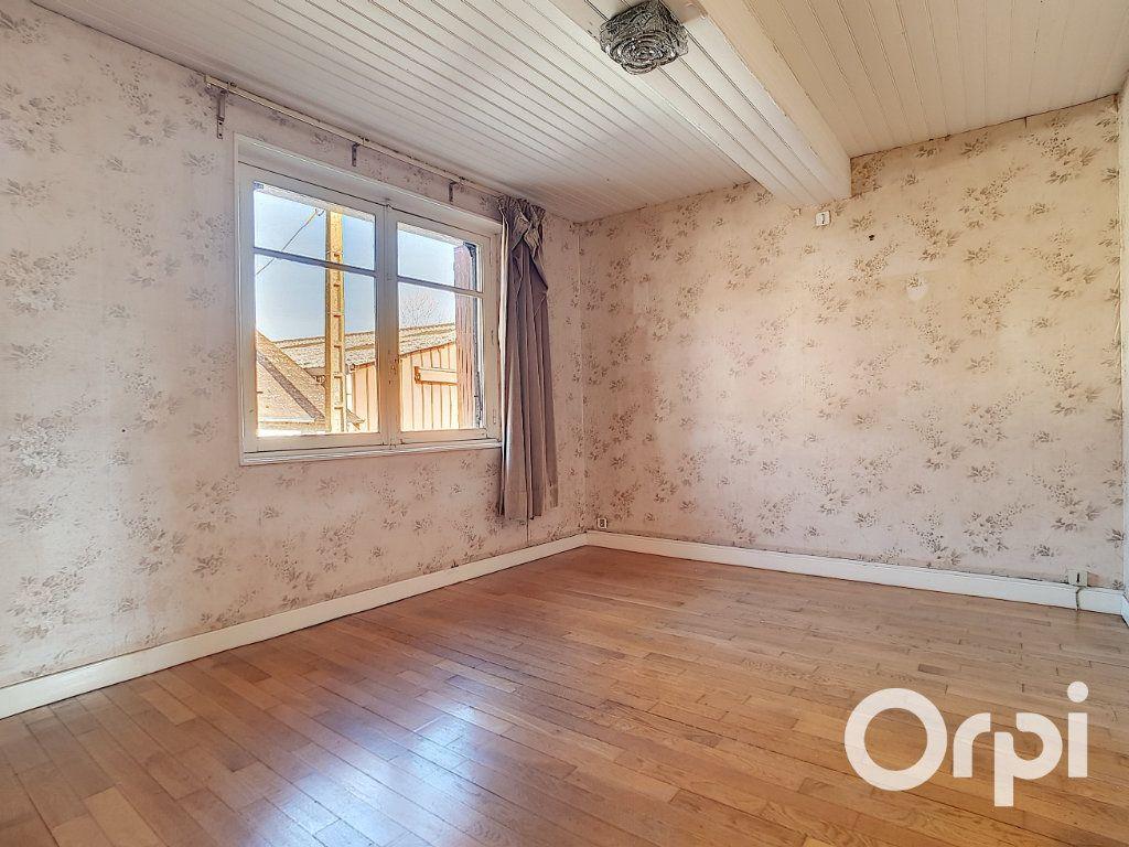 Maison à vendre 5 103.09m2 à Pionsat vignette-10
