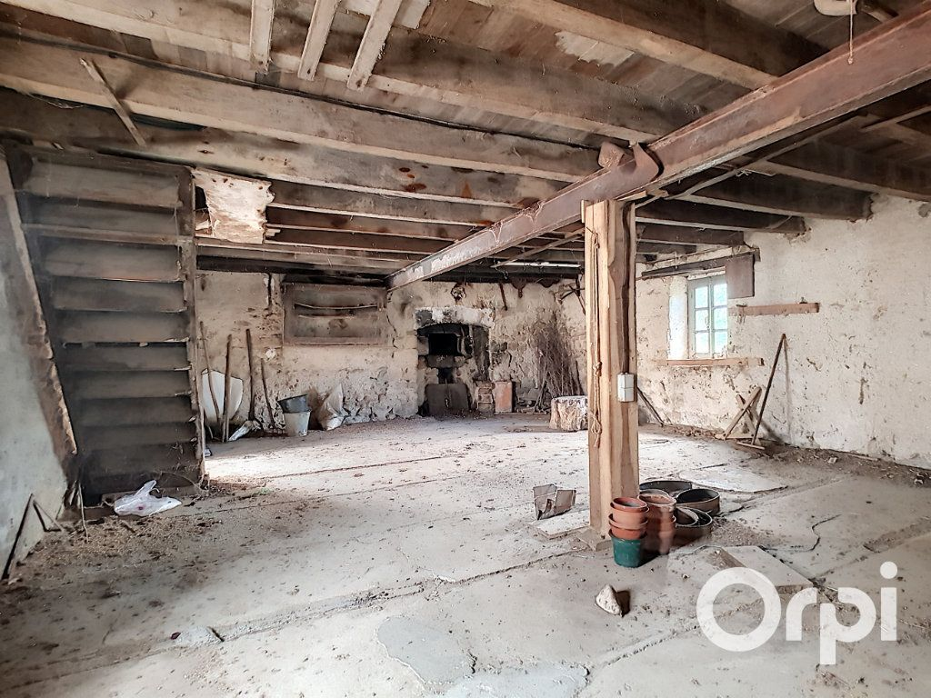 Maison à vendre 6 162.51m2 à Marcillat-en-Combraille vignette-13