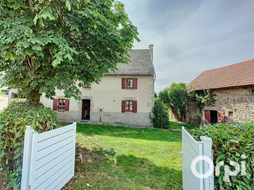Maison à vendre 4 111m2 à Le Quartier vignette-1