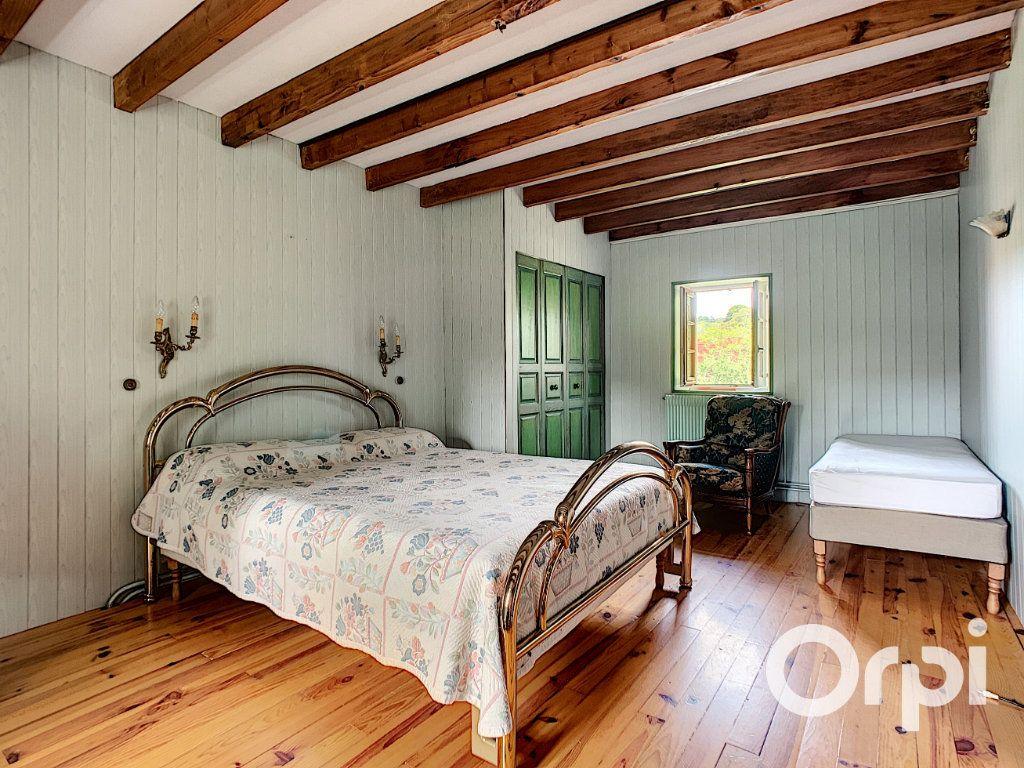 Maison à vendre 4 111m2 à Le Quartier vignette-8