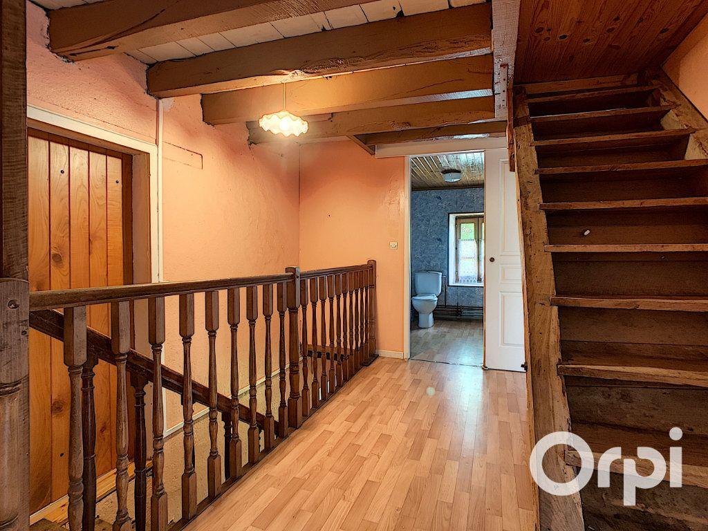 Maison à vendre 4 111m2 à Le Quartier vignette-11