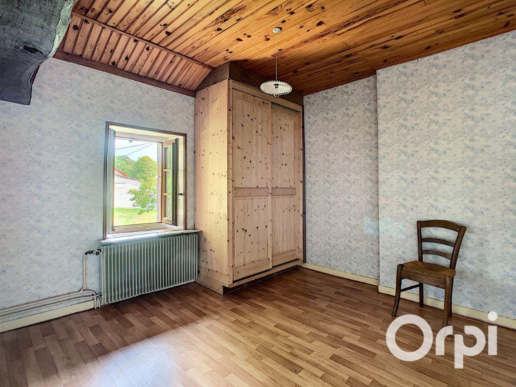 Maison à vendre 4 111m2 à Le Quartier vignette-13