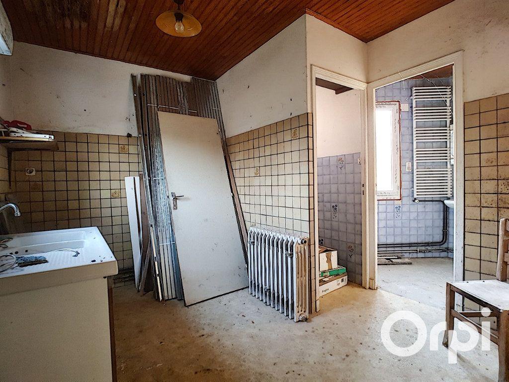 Maison à vendre 4 83m2 à La Cellette vignette-5