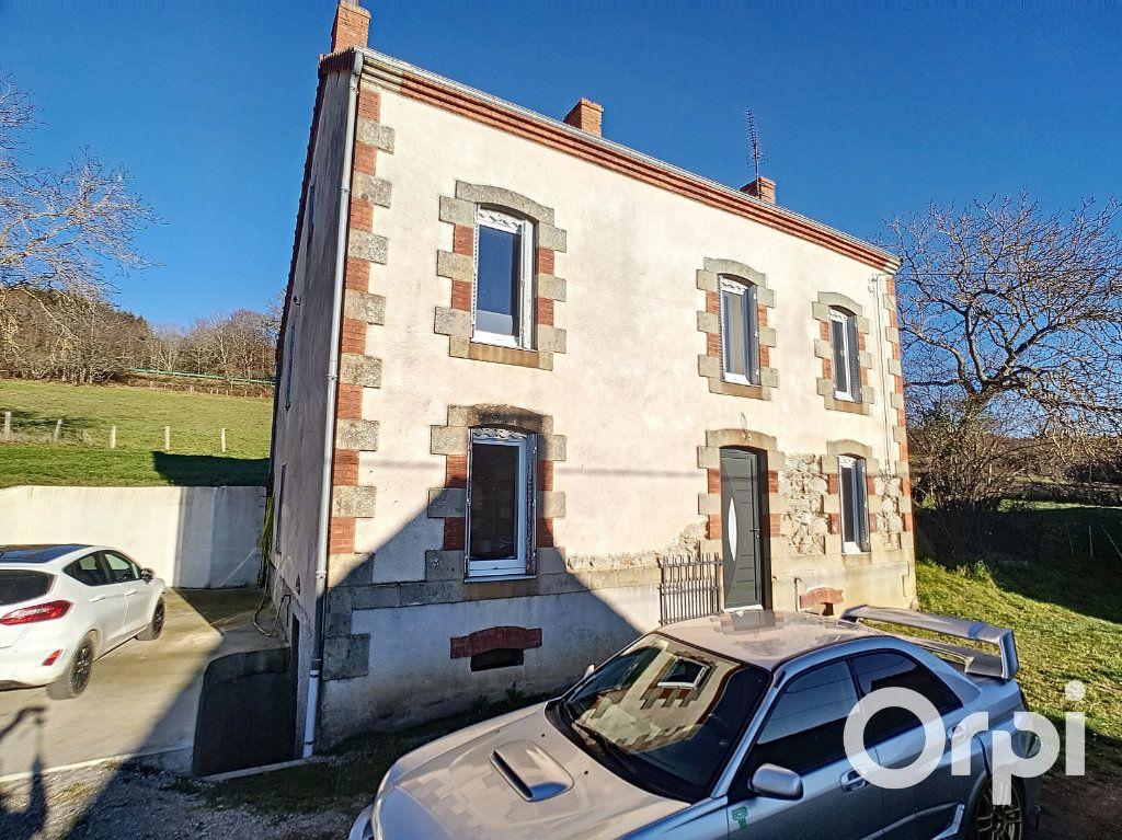Maison à vendre 4 110m2 à La Cellette vignette-3