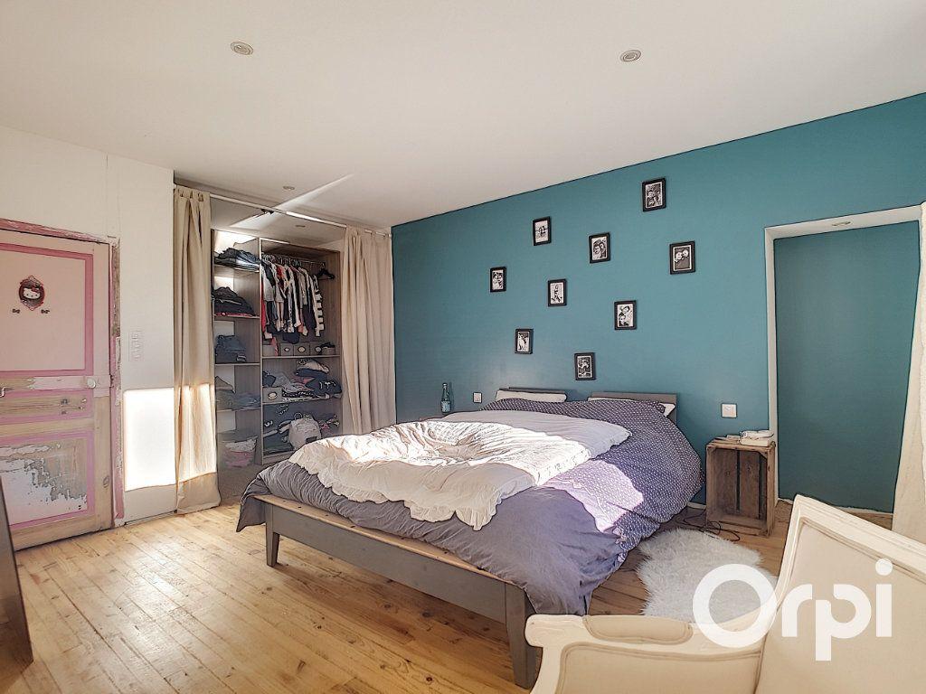 Maison à vendre 4 110m2 à La Cellette vignette-7