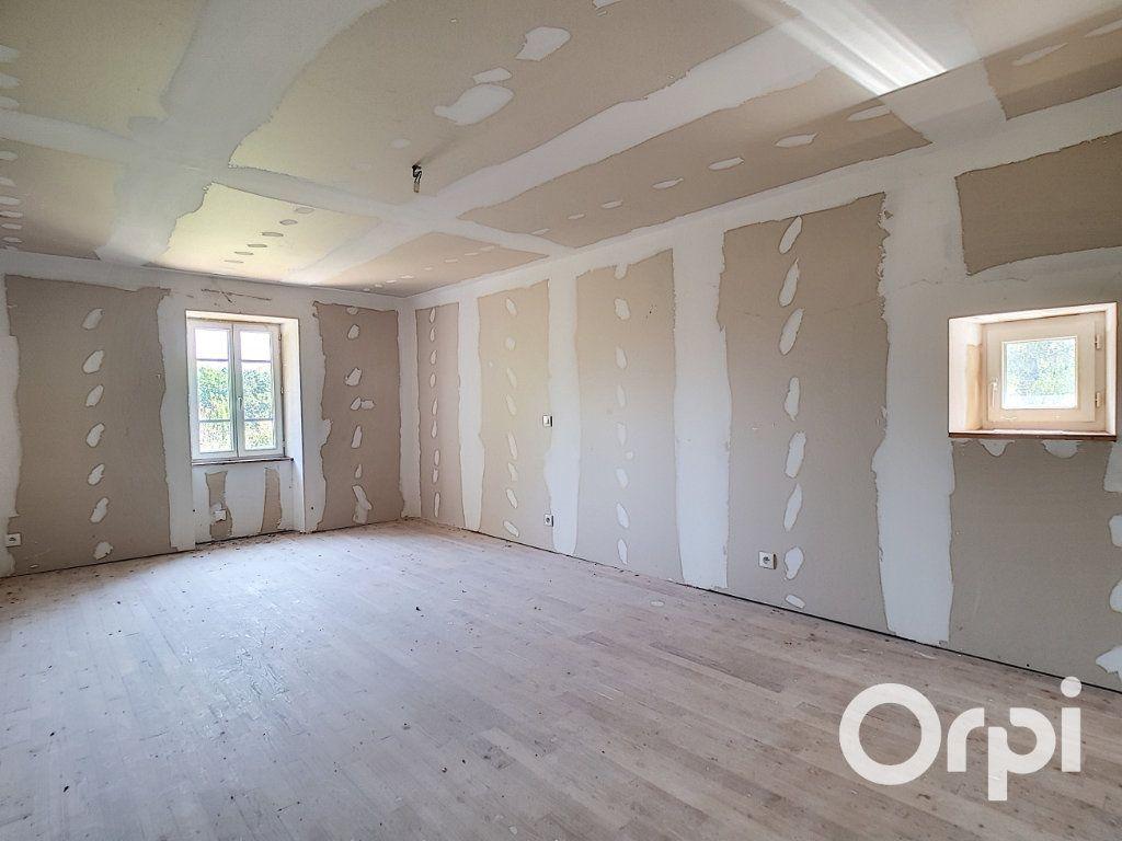 Maison à vendre 3 107m2 à Saint-Maigner vignette-6
