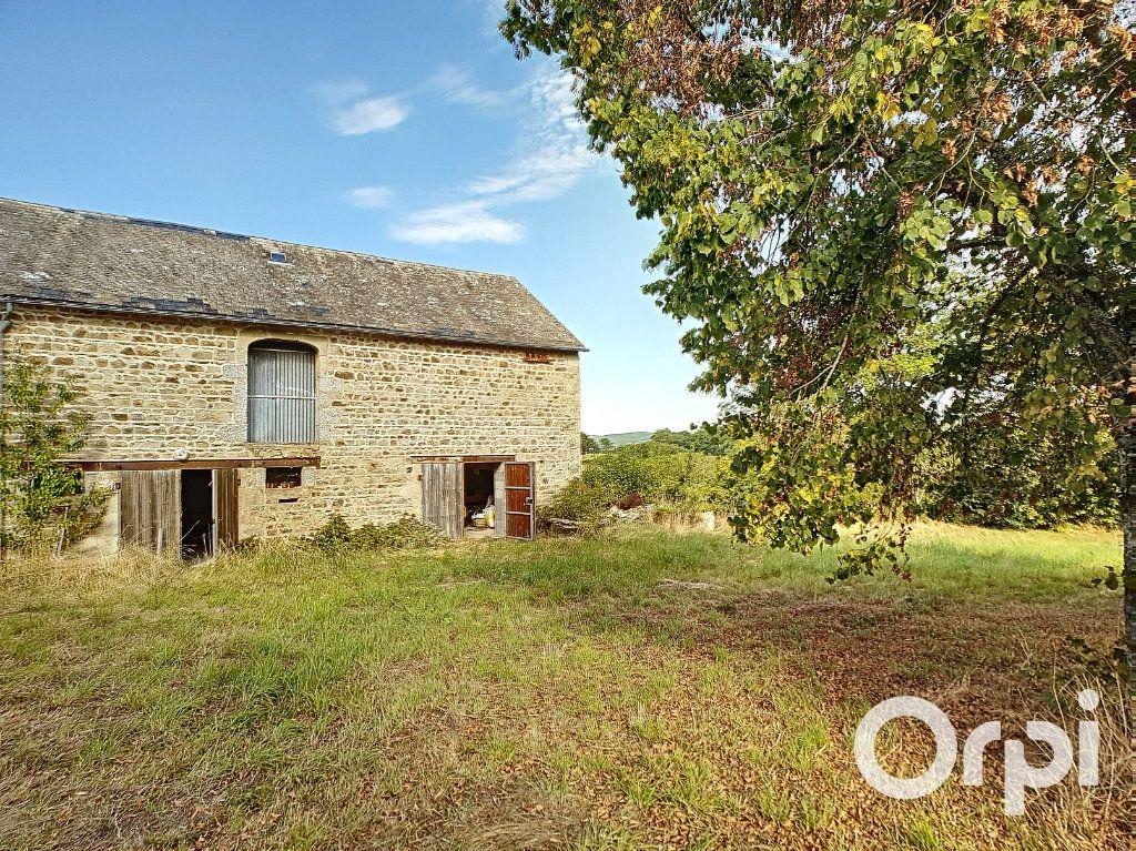 Maison à vendre 3 107m2 à Saint-Maigner vignette-12