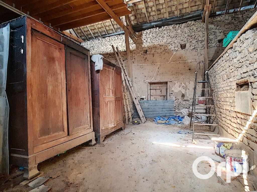 Maison à vendre 3 107m2 à Saint-Maigner vignette-17
