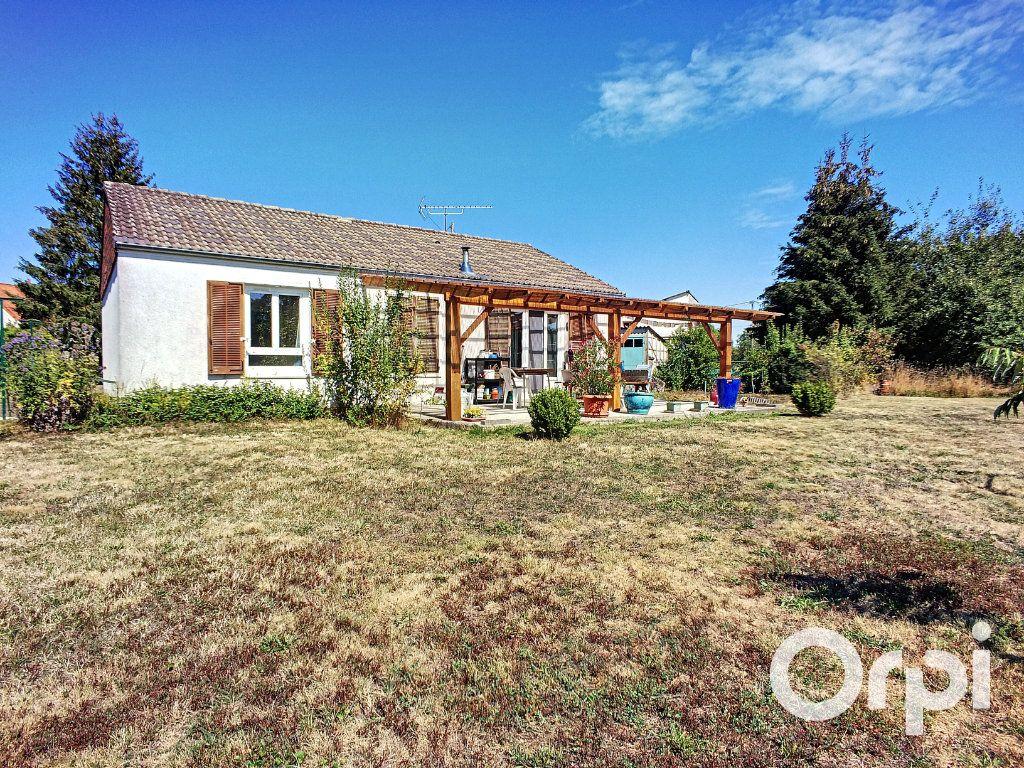 Maison à vendre 4 90m2 à Montel-de-Gelat vignette-1