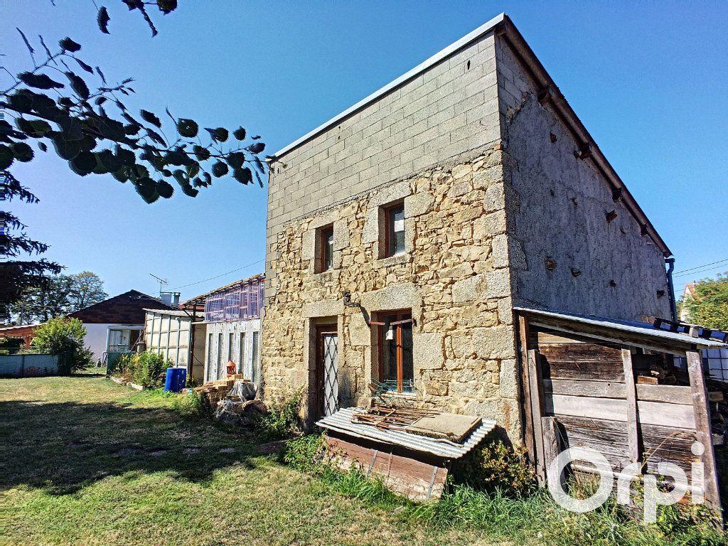 Maison à vendre 4 90m2 à Montel-de-Gelat vignette-2