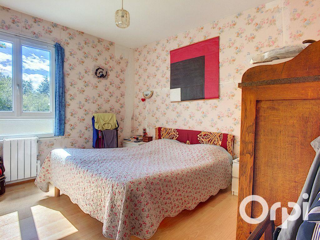 Maison à vendre 4 90m2 à Montel-de-Gelat vignette-3