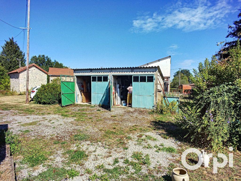 Maison à vendre 4 90m2 à Montel-de-Gelat vignette-4