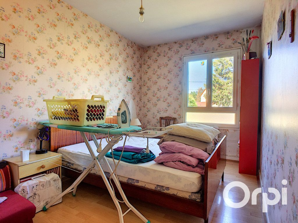 Maison à vendre 4 90m2 à Montel-de-Gelat vignette-10