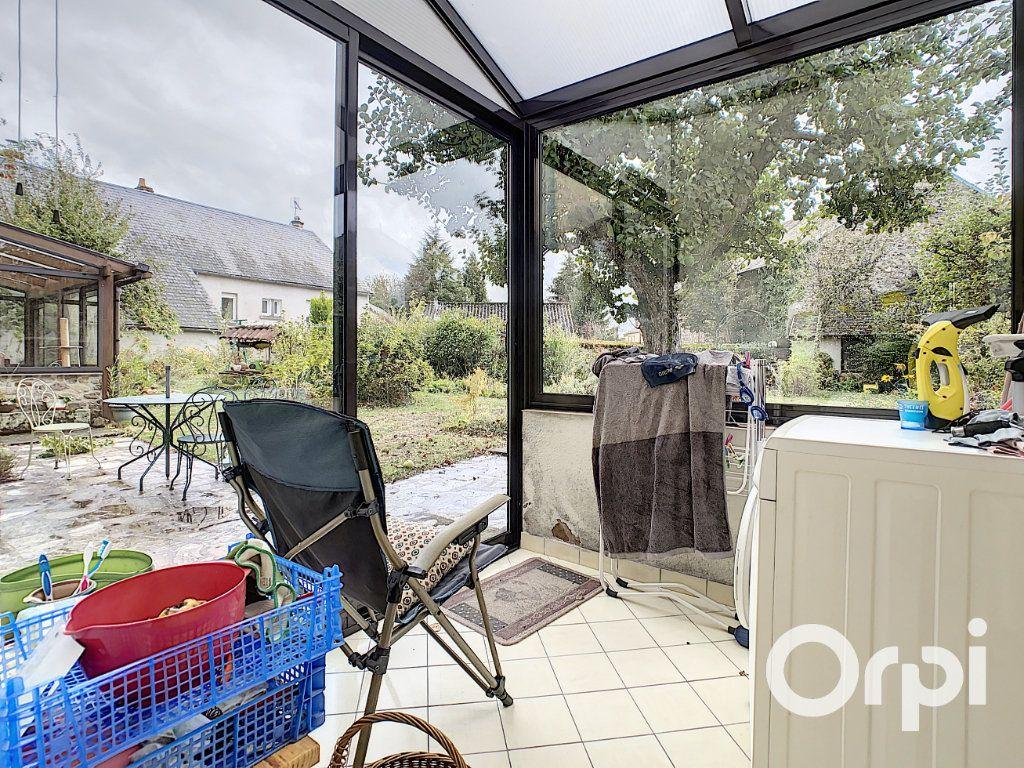 Maison à vendre 6 227m2 à Saint-Gervais-d'Auvergne vignette-6