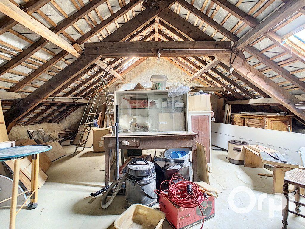 Maison à vendre 6 227m2 à Saint-Gervais-d'Auvergne vignette-11