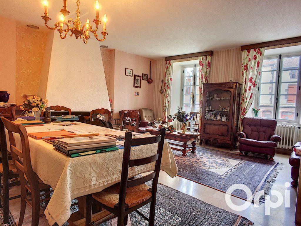 Maison à vendre 7 195m2 à Pontaumur vignette-3