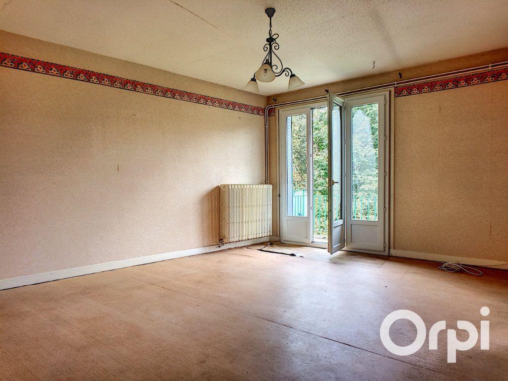 Maison à vendre 6 135m2 à Pontaumur vignette-7