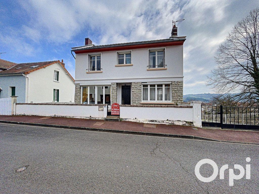 Maison à vendre 8 176.5m2 à Saint-Éloy-les-Mines vignette-1