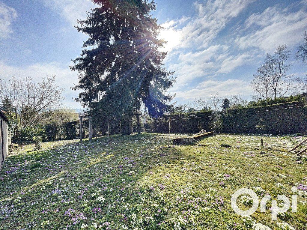 Maison à vendre 8 176.5m2 à Saint-Éloy-les-Mines vignette-17