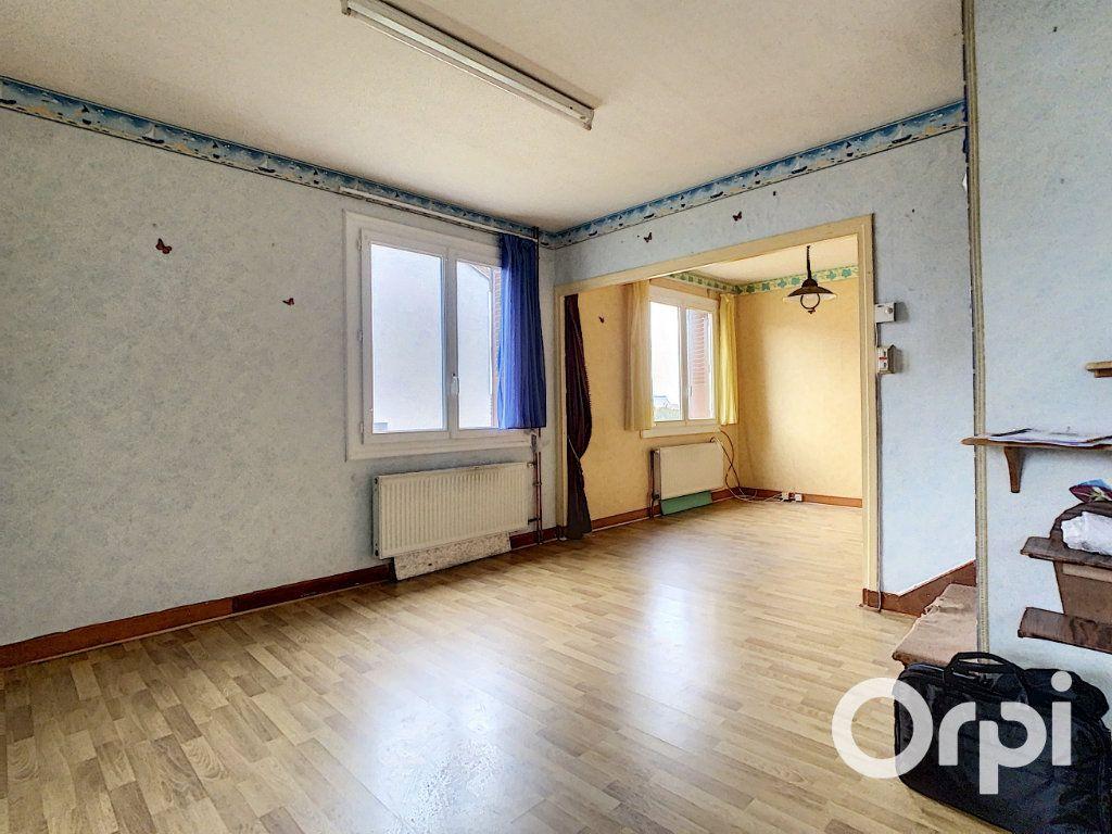 Maison à vendre 4 78m2 à Saint-Gervais-d'Auvergne vignette-2