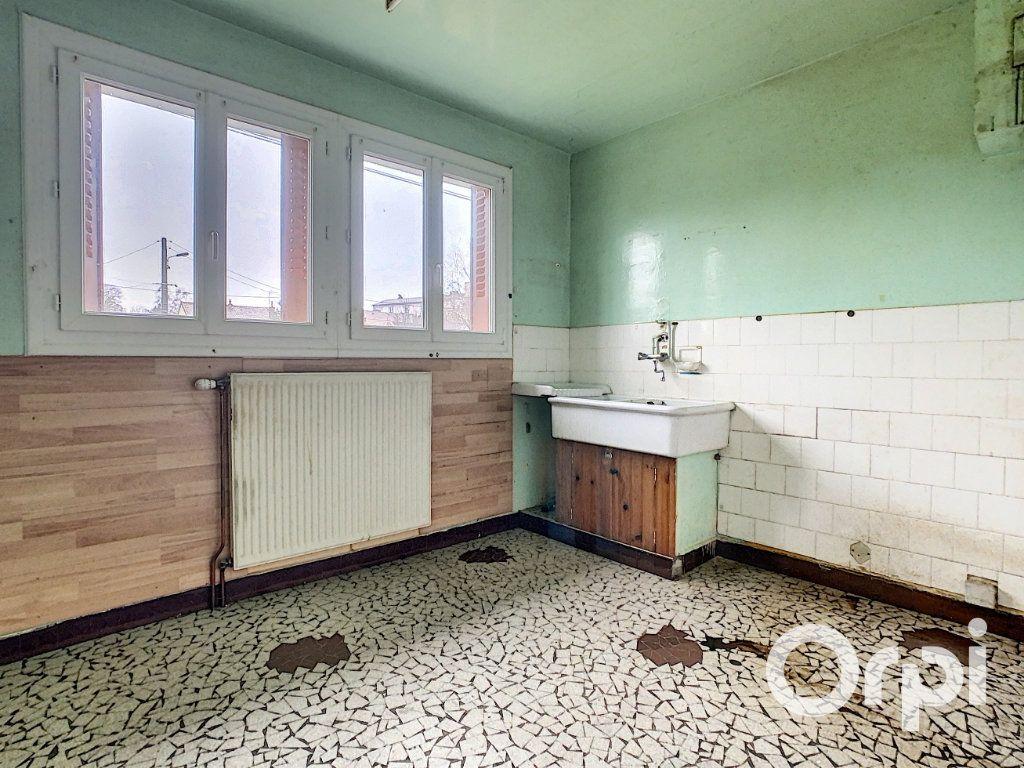 Maison à vendre 4 78m2 à Saint-Gervais-d'Auvergne vignette-6