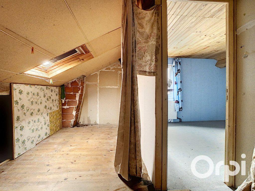Maison à vendre 4 78m2 à Saint-Gervais-d'Auvergne vignette-11