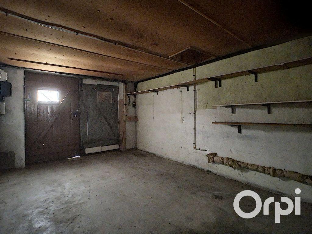 Maison à vendre 4 78m2 à Saint-Gervais-d'Auvergne vignette-15