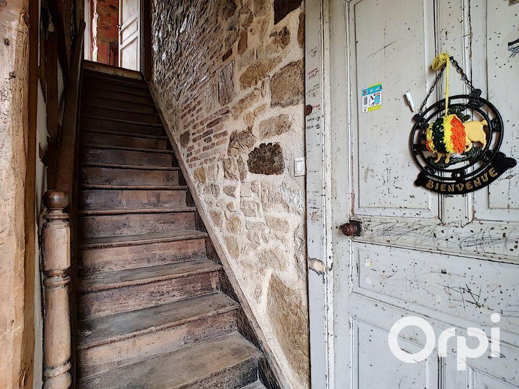 Maison à vendre 4 127m2 à Saint-Fargeol vignette-3