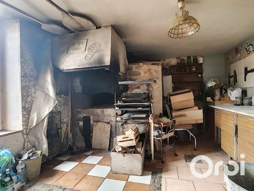 Maison à vendre 4 127m2 à Saint-Fargeol vignette-5