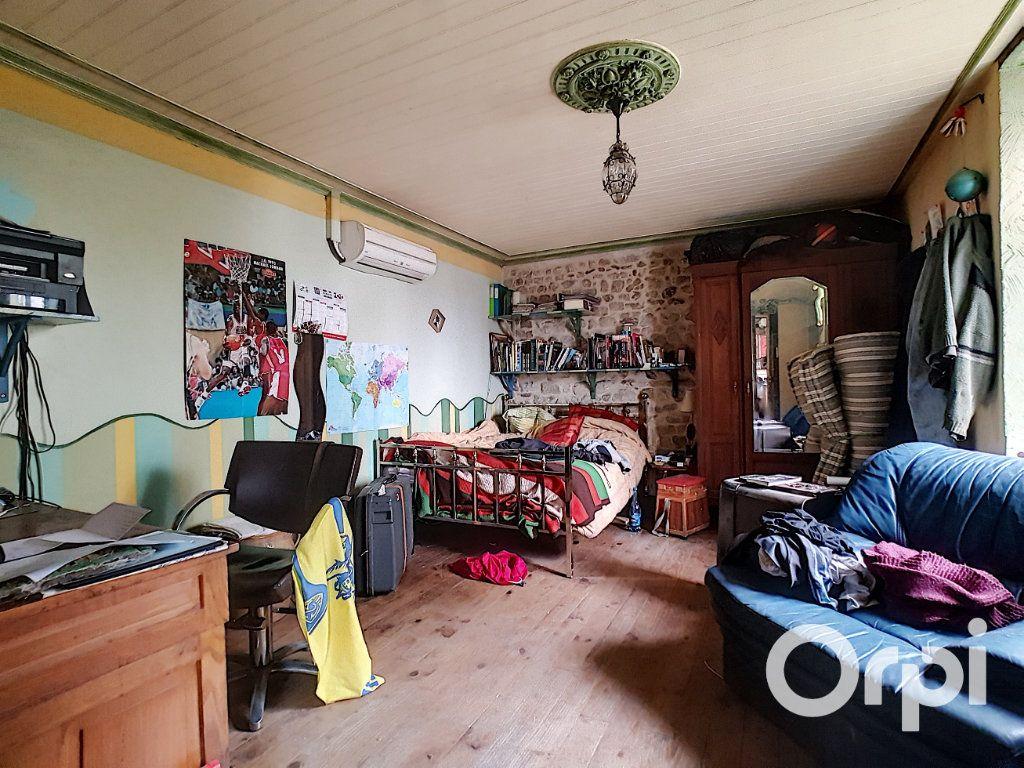 Maison à vendre 4 127m2 à Saint-Fargeol vignette-6