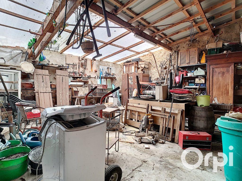Maison à vendre 4 127m2 à Saint-Fargeol vignette-13