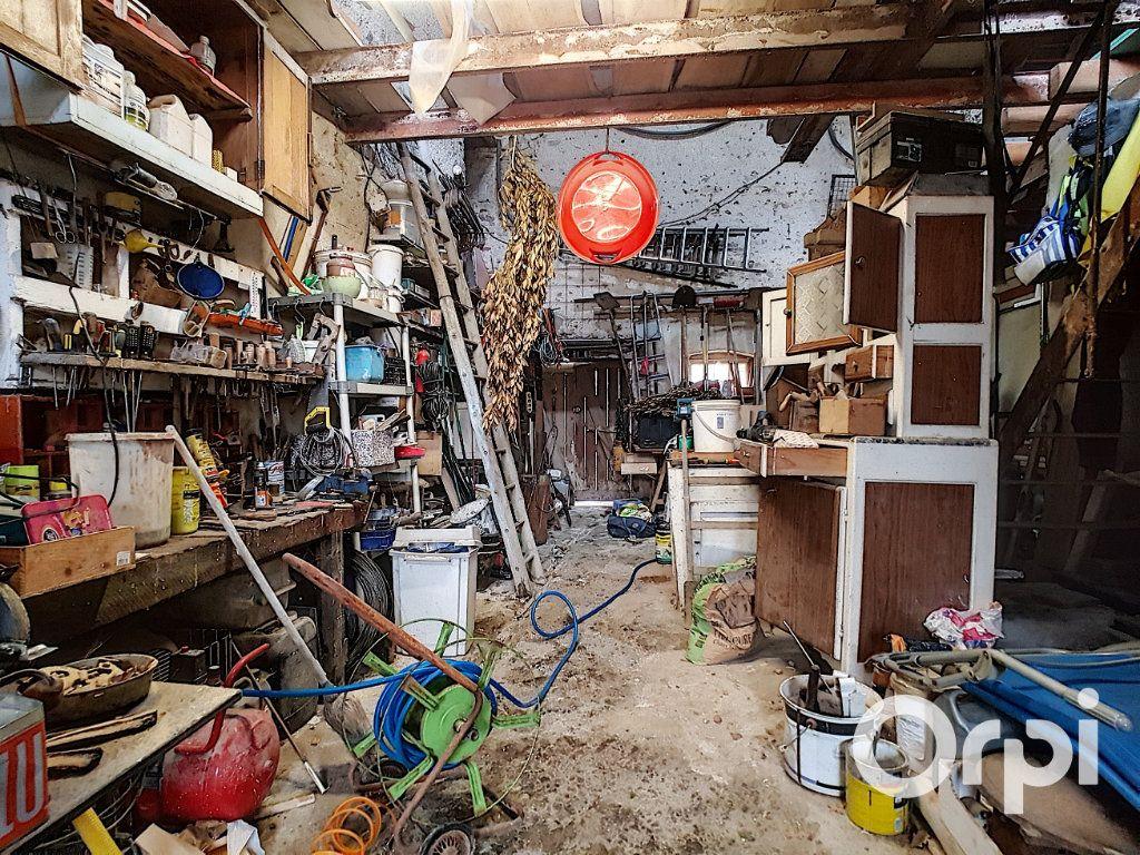 Maison à vendre 4 127m2 à Saint-Fargeol vignette-14