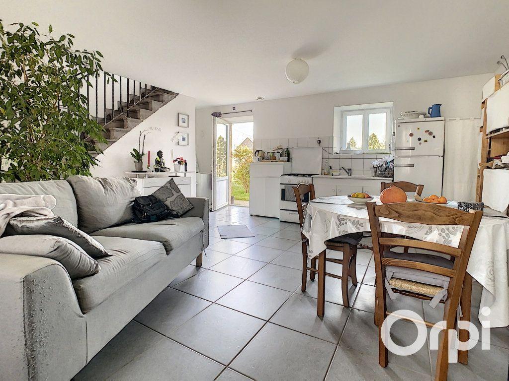 Maison à vendre 6 126m2 à Saint-Priest-des-Champs vignette-3