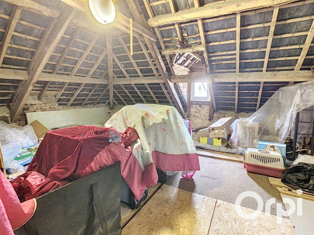 Maison à vendre 6 126m2 à Saint-Priest-des-Champs vignette-8