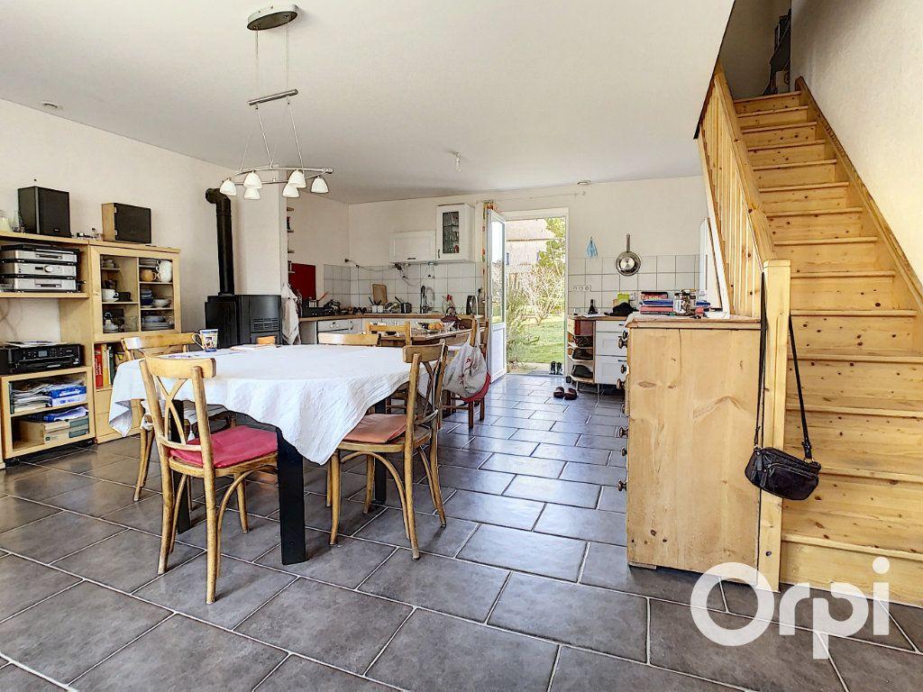 Maison à vendre 6 126m2 à Saint-Priest-des-Champs vignette-10
