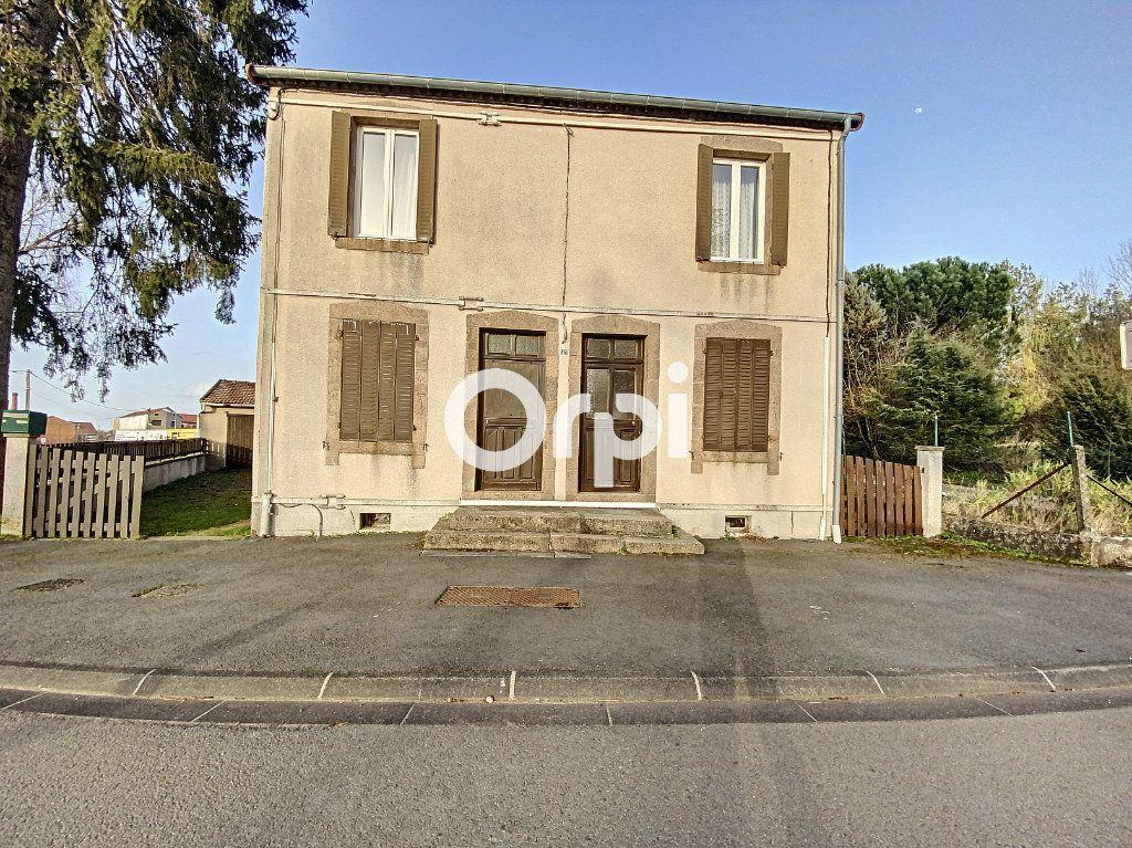 Maison à vendre 3 55m2 à Saint-Éloy-les-Mines vignette-1