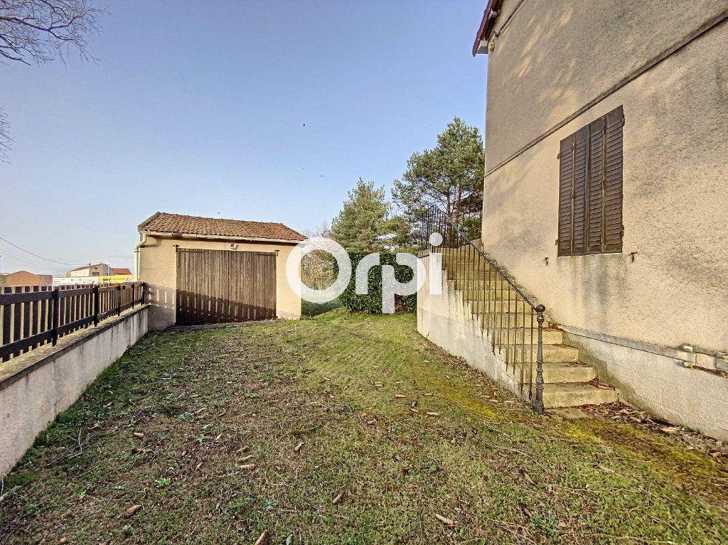 Maison à vendre 3 55m2 à Saint-Éloy-les-Mines vignette-12
