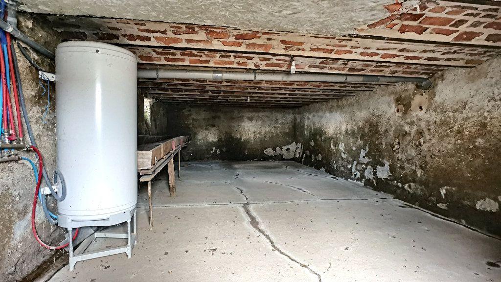 Maison à vendre 6 148m2 à Durdat-Larequille vignette-9