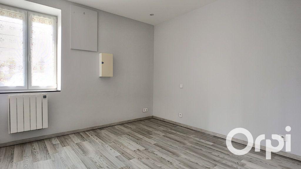 Maison à vendre 6 148m2 à Durdat-Larequille vignette-17