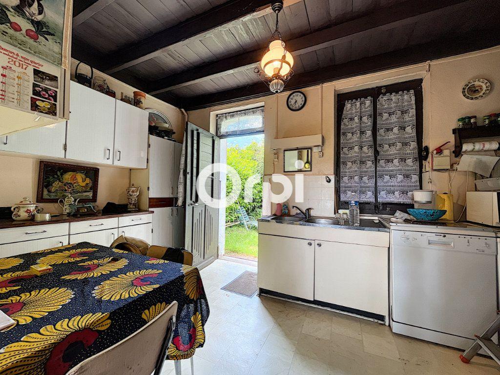 Maison à vendre 4 68m2 à Saint-Éloy-les-Mines vignette-2