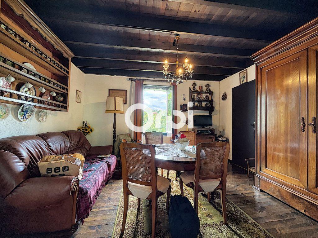 Maison à vendre 4 68m2 à Saint-Éloy-les-Mines vignette-3