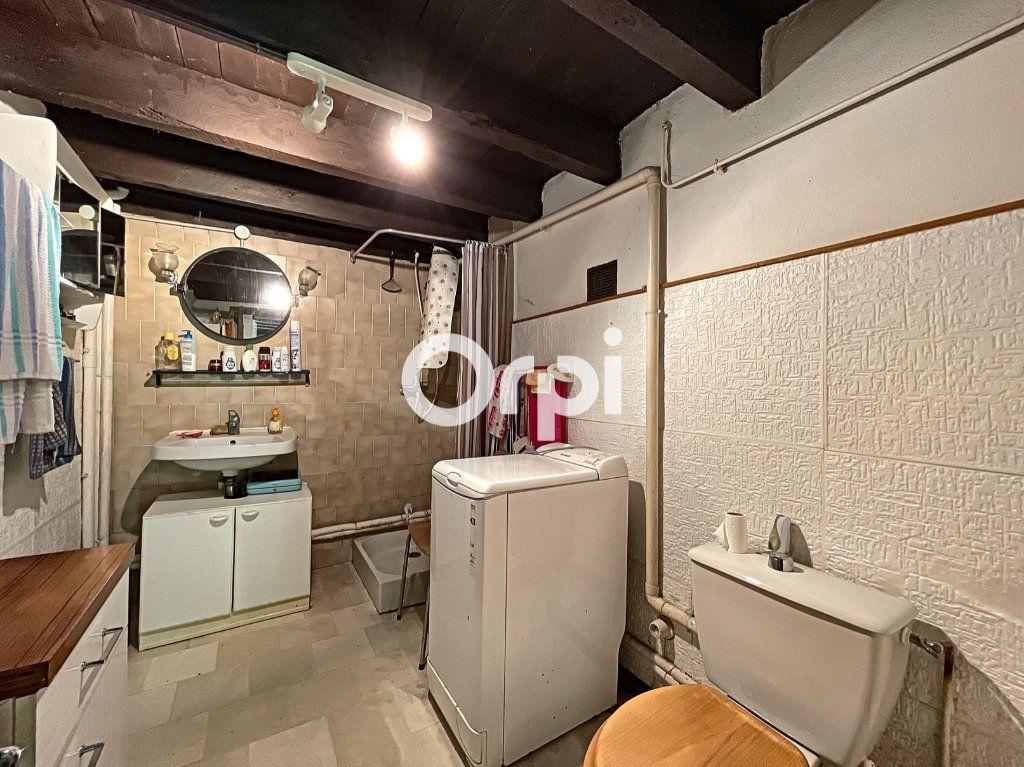 Maison à vendre 4 68m2 à Saint-Éloy-les-Mines vignette-7