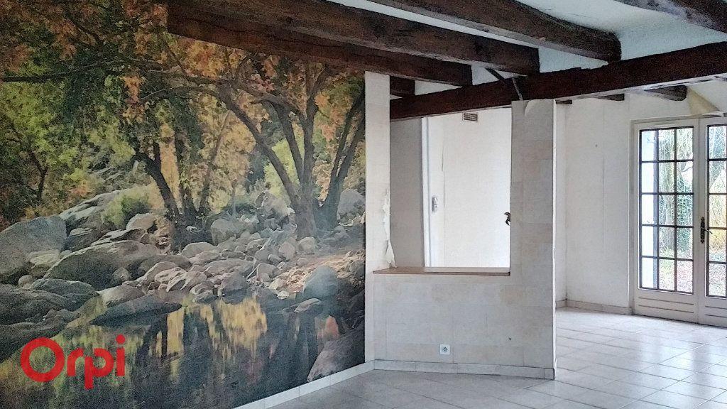 Maison à vendre 5 130m2 à Voussac vignette-10