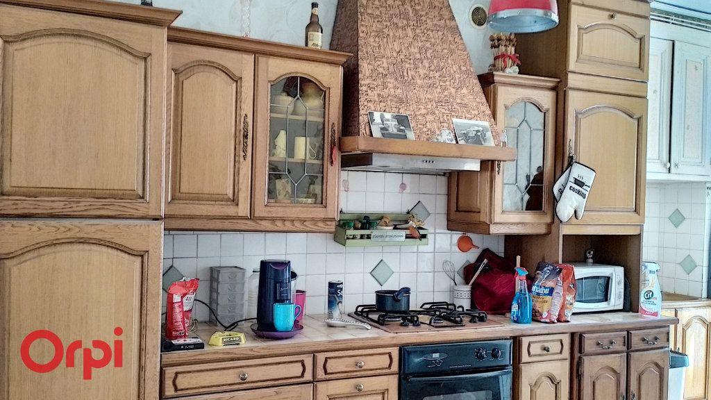 Maison à vendre 4 75m2 à Doyet vignette-4